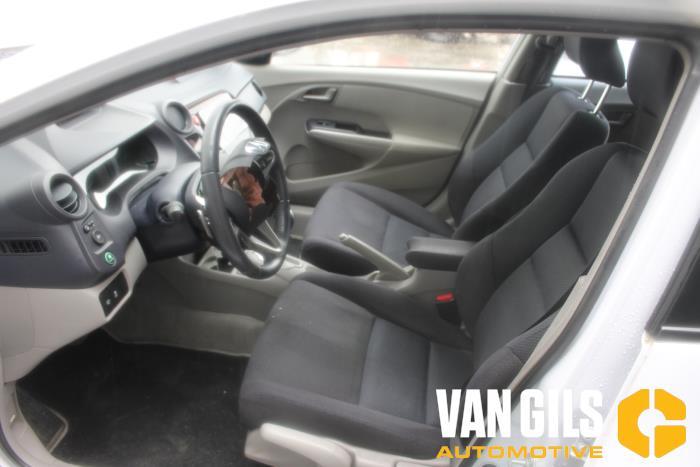 Honda Insight 2009  LDA3 12