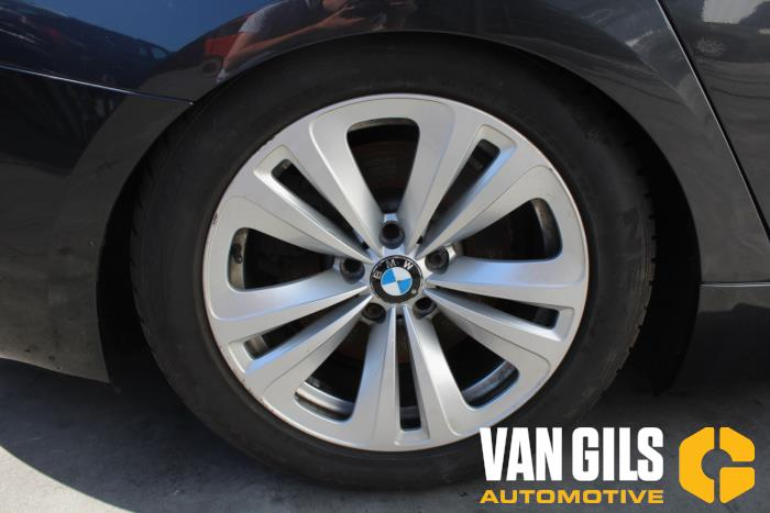 BMW 5-Serie 2010  N57D30A 9
