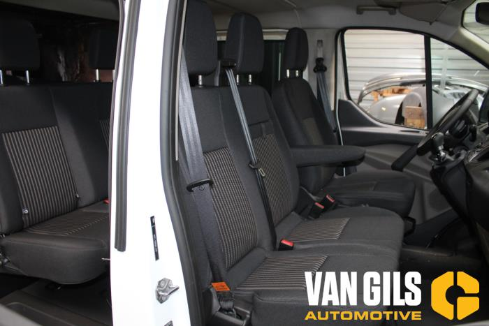 Ford Transit 2017  YLF6 10