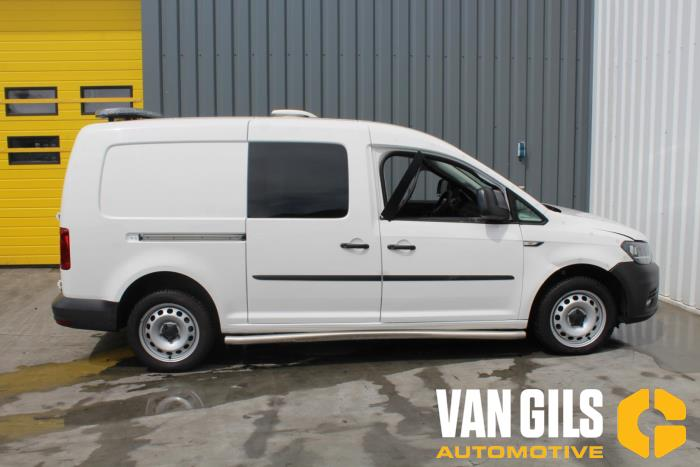 Volkswagen Caddy 2016  DFS 9