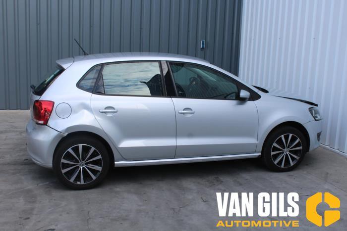 Volkswagen Polo 2014  CBZ 9