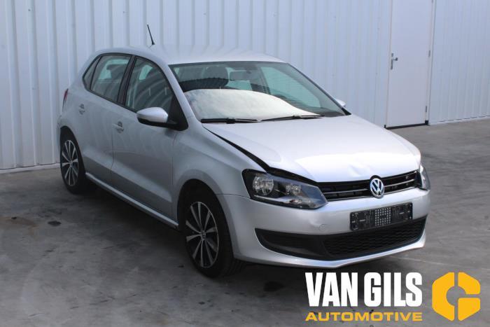 Volkswagen Polo 2014  CBZ 4