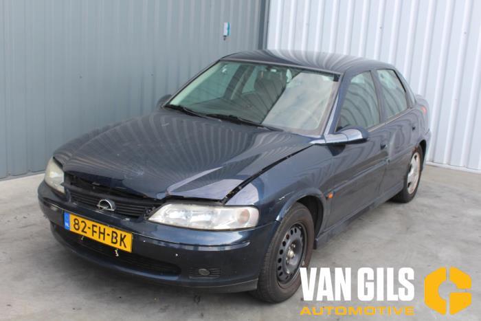 Opel Vectra 2000  X18XE1 1
