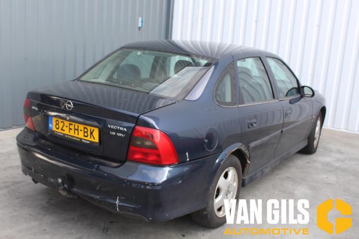 Opel Vectra 2000  X18XE1 5