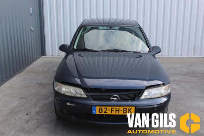 Opel Vectra 2000  X18XE1 3