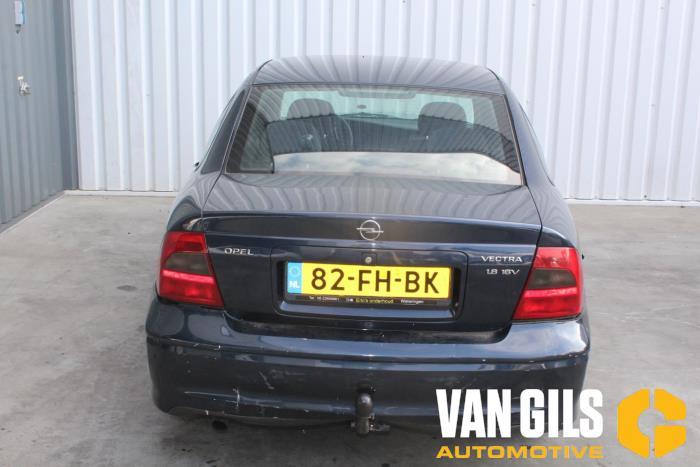 Opel Vectra 2000  X18XE1 6