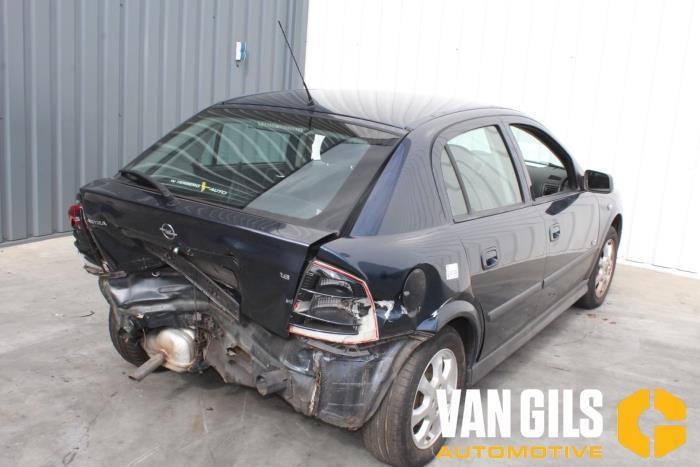 Opel Astra 2002  Z16SE 5