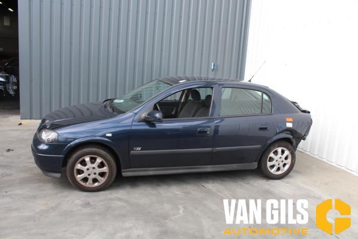 Opel Astra 2002  Z16SE 8