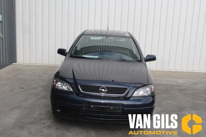 Opel Astra 2002  Z16SE 3