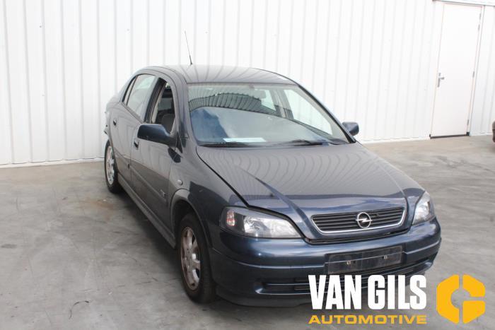 Opel Astra 2002  Z16SE 4