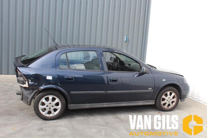 Opel Astra 2002  Z16SE 9