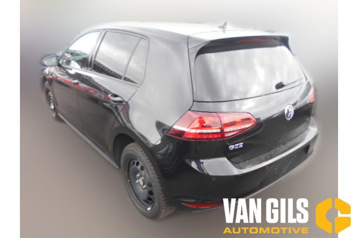 Volkswagen Golf 2017  CUKB 3