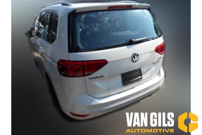 Volkswagen Touran 2017  DFGA 5
