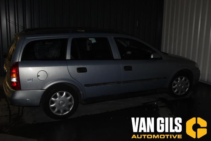 Opel Astra 2000  Z16SE 9