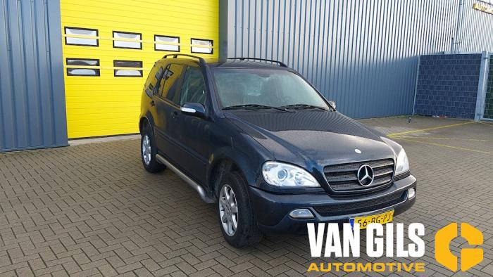Mercedes ML-Klasse 2003  612963 4
