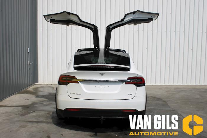 Tesla Model X 2017  L2S 8