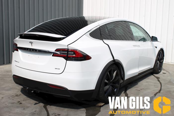 Tesla Model X 2017  L2S 5