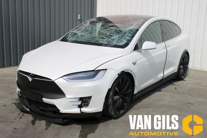 Tesla Model X 2017  L2S 3