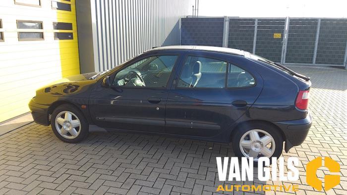 Renault Megane 2000  K4MB7 13