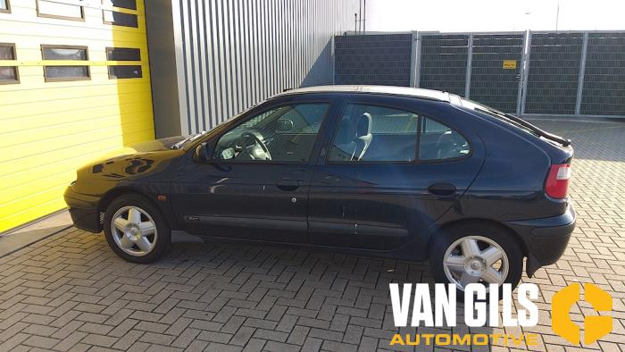 Renault Megane 2000  K4MB7 14