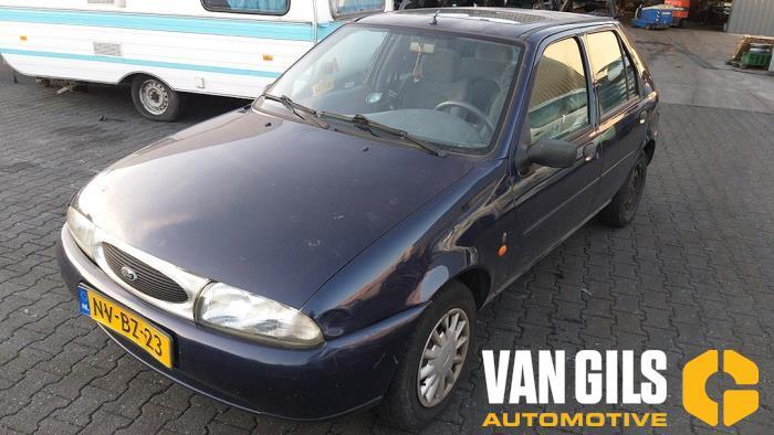 Ford Fiesta 1996  DHA 16