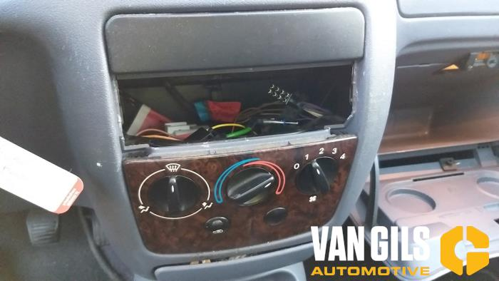 Ford Fiesta 1996  DHA 6