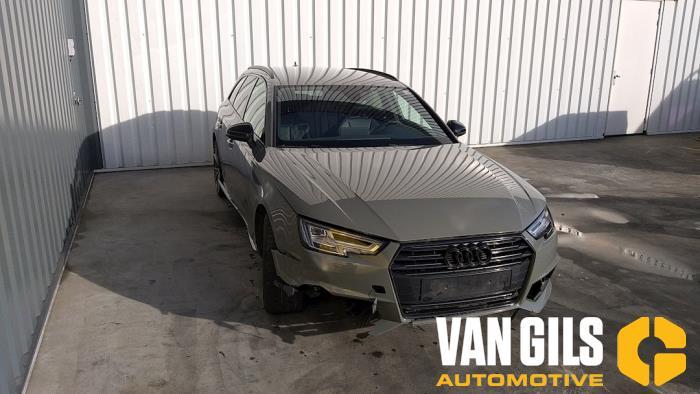 Audi A4 15- 2017  CVNA 4