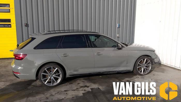 Audi A4 15- 2017  CVNA 1