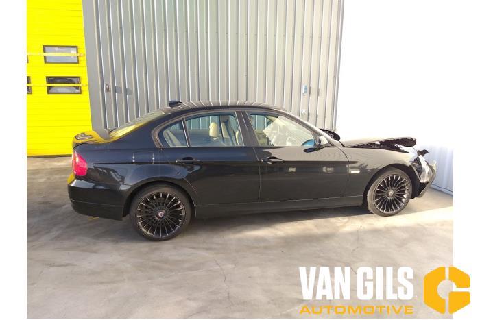 BMW 3-Serie 04- 2005  N46B20B 16