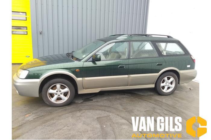 Subaru Legacy 2001  5