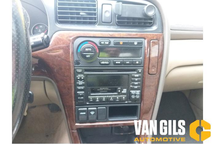 Subaru Legacy 2001  7