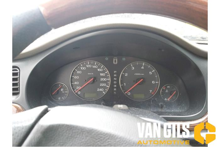 Subaru Legacy 2001  6