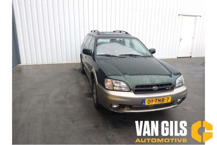 Subaru Legacy 2001  3