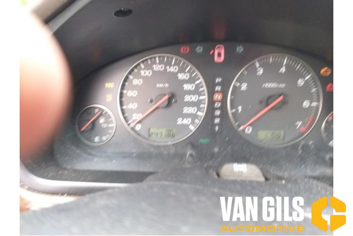 Subaru Legacy 2001  18