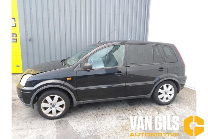 Ford Fusion 2003  FXJA 18