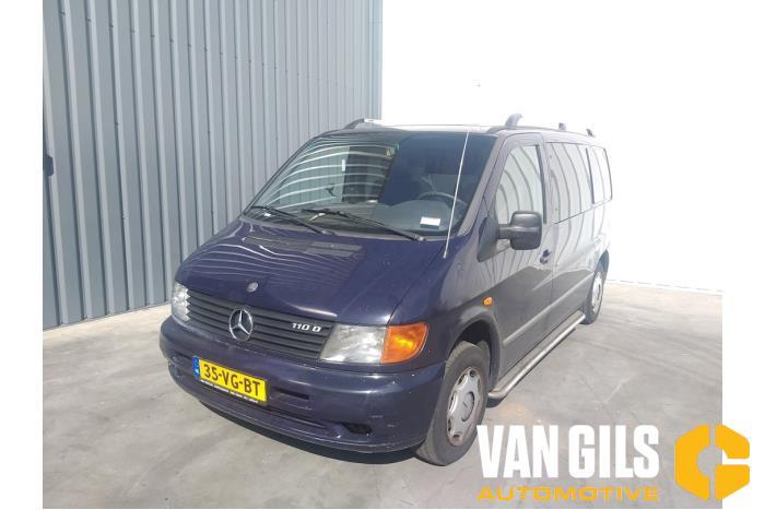 Mercedes Vito 1999  4