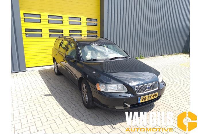 Volvo V70 2006  3
