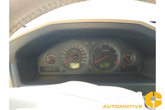 Volvo V70 2006  10