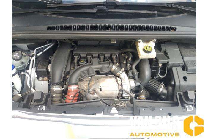 Peugeot 5008 09- 2012  5FV 21