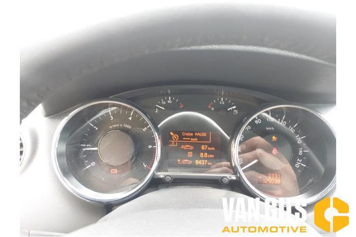 Peugeot 5008 09- 2012  5FV 11