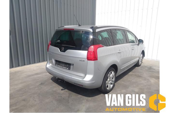 Peugeot 5008 09- 2012  5FV 4