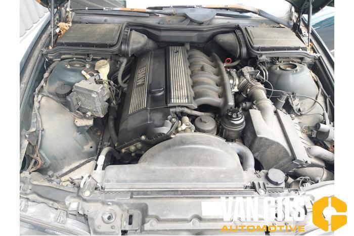 BMW 5-Serie 1998  206S3 15