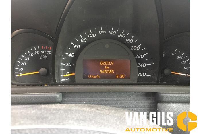 Mercedes C-Klasse 2002  111955 9