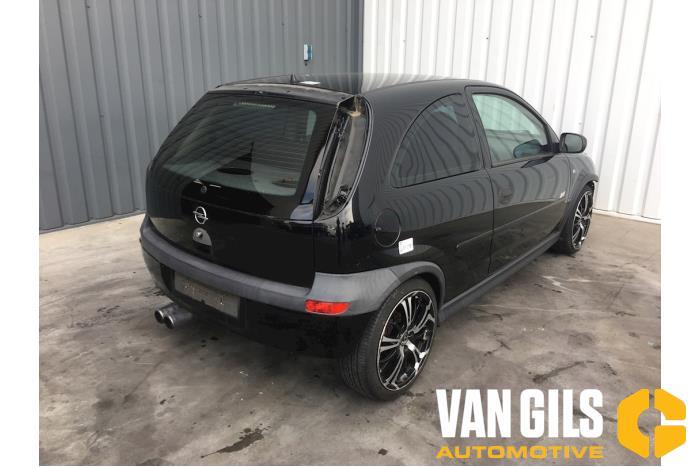 Opel Corsa 2001  Z14XE 4