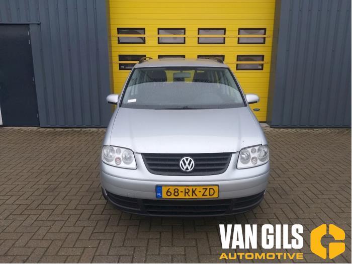 Volkswagen Touran 2004  AVQ 1