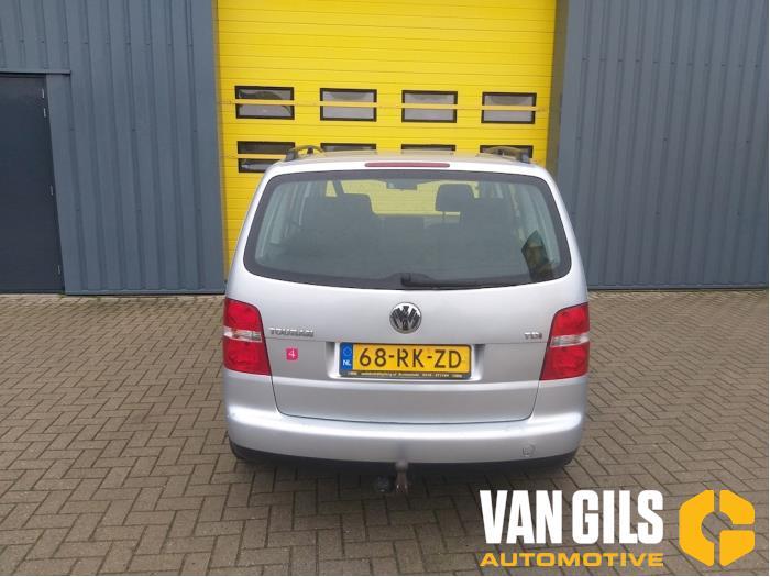 Volkswagen Touran 2004  AVQ 8