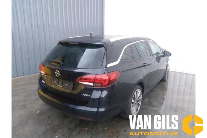 Opel Astra 2019  LE2 4