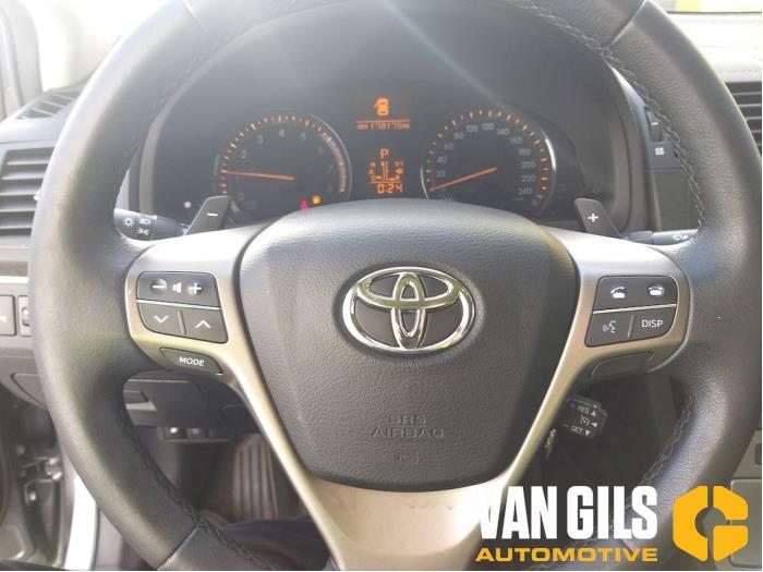Toyota Avensis 2010  3ZRFAE 16
