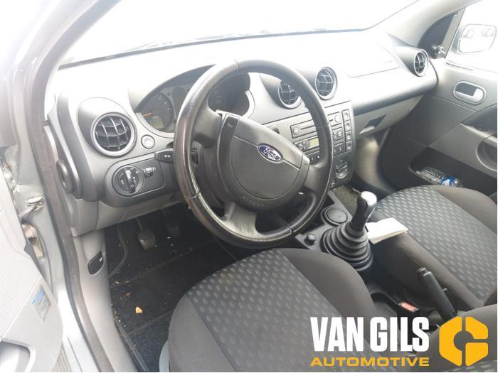 Ford Fiesta 2002  FXJA 7