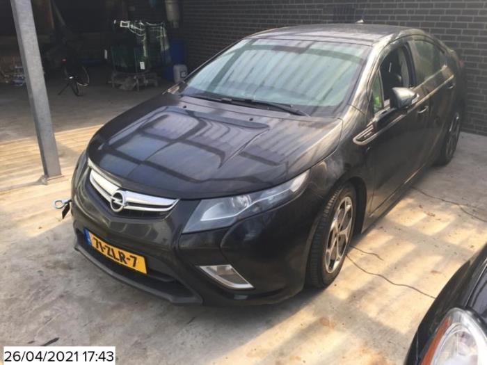 Opel Ampera van 2012 met 220172 kilometer